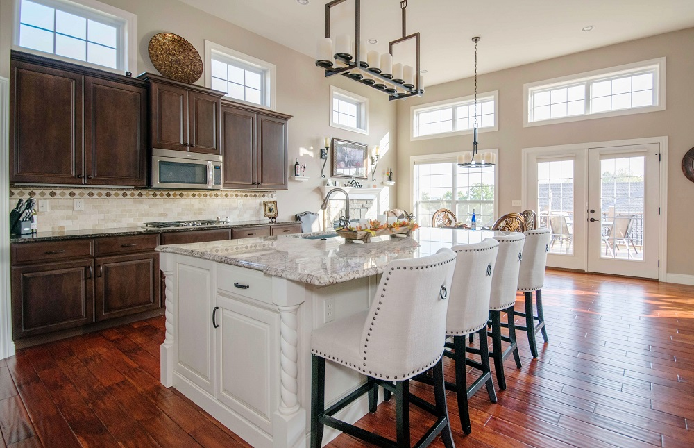 modern kitchen cabinets and counters | North Dallas best home remodeling and renovation | Serving Collin and Denton County, TX